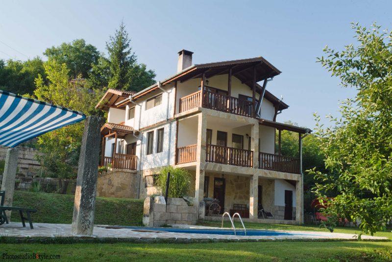 Интериорни снимки на къщи за гости и малки хотели